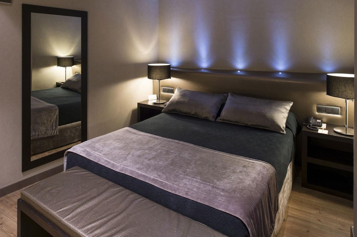 Chambres h tel catalonia portal de l 39 angel barcelone for Chambre hote barcelone